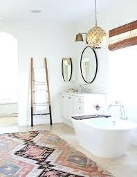 Stylish Bathroom Rugs Anthropologie Bath Rug Jeux De Decoration