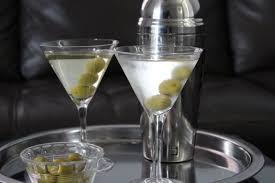 dry martini shaken not stirred martini u2013 itsmyhappyhour