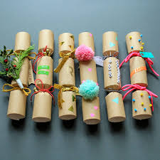 make and decorate your own crackers crackers diy