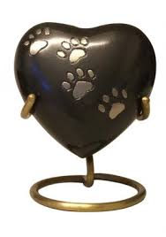 dog urns for ashes buy midnight paws heart keepsake urn pet memorial urns ashes