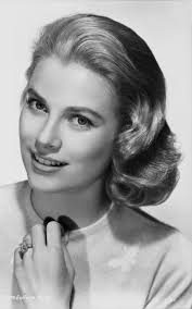 define coiffed hair photo we re obsessed with this video tutorial how to get grace kelly s