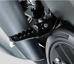pedane t max 530 coppia pedane passeggero dpmrace cod r 0523 per yamaha t max 530