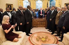 Oval Office Drapes by Kellyanne Conway Oval Office Photo Goes Viral Time Com