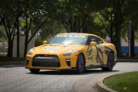 nissan yellow bright yellow 2017 nissan gt r donated to nashville predators