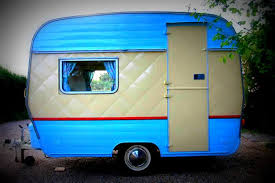 love these vintage campers looking for some cool paint ideas for