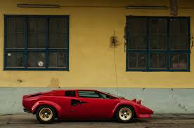 yellow lamborghini countach enjoy this red wingless lamborghini countach