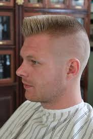 where can a guy get a good top knot style haircut mens hairstyles flat top hair style cool men haircut 2017 awesome