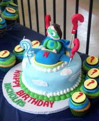 why cake why wyatt 2nd birthday cake accompanying cupcakes jpg