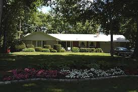ranch style bungalow suburban
