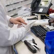 resume sle for customer service associate walgreens salary walgreens hourly pay glassdoor