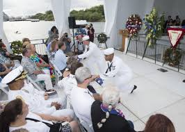 Interment Flag Interment Ceremony Aboard Uss Arizona Honors Survivors And Victims