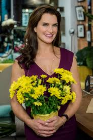 brooke shields as abby knight on flower shop mysteries mum u0027s the