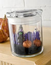 make a mini diy halloween in a jar diycandy com