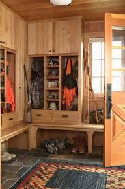 Hunting Home Decor The 25 Best Hunting Cabin Ideas On Pinterest Small Cabins