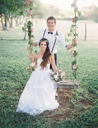 Hawaiian Wedding Dresses Romantic Hawaiian Wedding At Puakea Ranch Alexis Ben Green