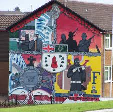 kilclief flats ulster volunteer force uvf loyalist mural the you are now entering free derry northern ireland s wall murals