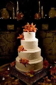 wedding cake with tiger lilies orange wedding cakes juxtapost