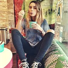 arielle vandenberg arielle vandenberg information photos and best vine videos
