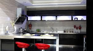 cuisine laqué noir cuisine design laque noir swd cuisine design deluxe votre espace