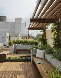 Small Penthouses Design Photo 1 Of 8 In 8 Small And Unexpected Garden Oases Hidden In The