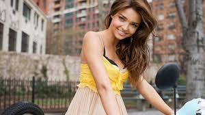 beautiful girls 8749 1920x1080 px hdwallsource com