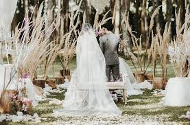wedding gift bandung a magical forest wedding at pine forest c bandung the wedding