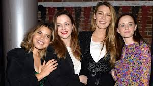 traveling pants images America ferrera celebrates her pregnancy with a sisterhood of the jpg