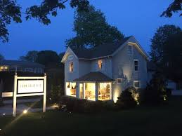 How To Install Landscape Lighting Outdoor Landscape Lighting Installation Guide How To Install A