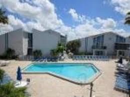 madeira beach yacht club 230e all the amenities condo st