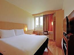 chambre de commerce de poitiers chambre de commerce poitiers hotel in poitiers ibis poitiers