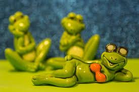 wallpaper green yellow blue glass frog hibian