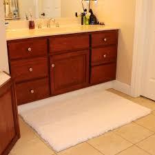 outjoy bath mat bathroom rug non slip soft microfiber shower rugs outjoy bath mat bathroom rug non slip soft microfiber shower rugs 31x47 inch 80x120cm white