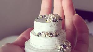 weding cakes teeny tiny wedding cakes make the keepsake brides