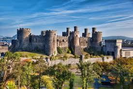 historical castles 10 most beautiful castles in wales with photos map touropia