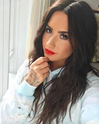 best hair colours for women in their 40s summer hair coloras demi lovato the best to try glamour hairstyle