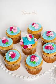cinderella cupcakes splendid cinderella s glass slipper cupcake between the pages