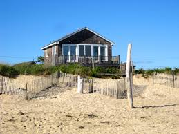 Dream House On The Beach - new kdhamptons lifestyle diary haven montauk hotel director jenny