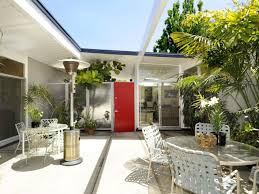 Jamie Durie Patio Furniture by Patio Design Ideas For Your Beautiful Garden Hupehome