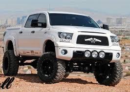 lift kit toyota tundra bulletproof toyota tundra rock crawlers diesels roading