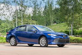 2018 toyota camry aces iihs tests awarded top safety pick