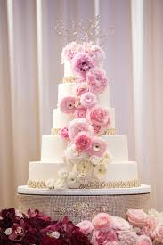 rhinestone cake stand wedding cakes rhinestone wedding cake stand images tips