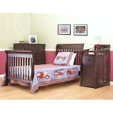Baby Crib With Changing Table Sorelle Newport 3 In 1 Mini Convertible Crib Changer Combo In