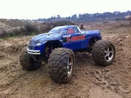 traxxas nitro monster truck traxxas t maxx 3 3 bashing youtube