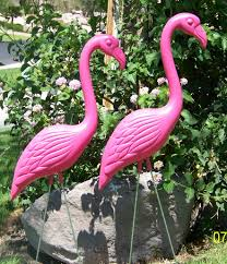 bulk pink yard flamingos the pink flamingo