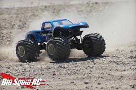 rc monster truck freestyle videos event coverage u2013 bigfoot 4 4 open house u0026 r c monster truck race