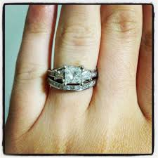 how to wear wedding ring set wedding rings anyone with two wedding rings show me
