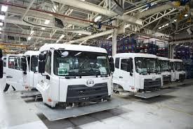 volvo truck factory volvo group ฉลองครบ 40 ป โรงงานกร งเทพฯ ย ำไทยเป นฐานการผล ต ขยาย