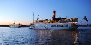christmas dinner cruises with strömma visitstockholm