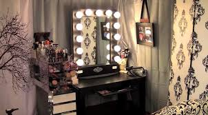 White Bedroom Vanity And Mirror Bedroom Awesome White Makeup Vanity Set With Lights For Modern