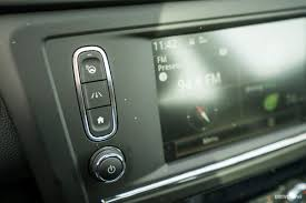 renault kadjar automatic interior 2017 renault kadjar 1 2 tce edc test drive strained refinement